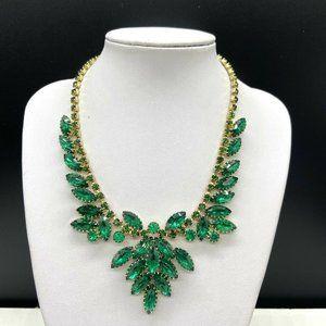 Vintage Emerald Green Rhinestone Necklace